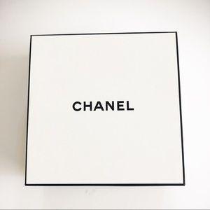 CHANEL Square Gift Box